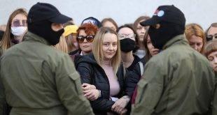 знаменитый режиссер увидел следы фотошопа в фотографиях из Белоруссии