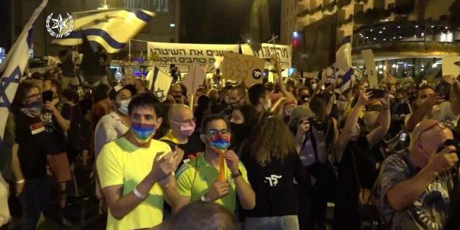 Беспорядки в Иерусалиме, демонстранты солидарны с Нетаниягу, полиция штрафует их десятками и конфискует динамики