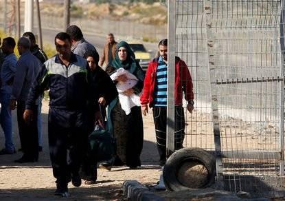 Военный под Рамаллой вышел за покупками, машину угнали вместе с ребенком