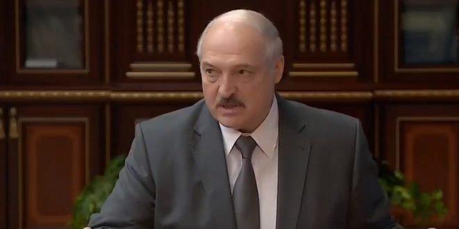 Лукашенко провел более четырех часов в СИЗО