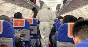 святой отец помочился на лицо афроамериканки прямо в самолете