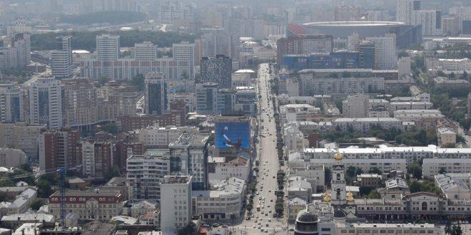 Мэр третьего по величине российского города разрешил выталкивать из общественного транспорта пассажиров без маски