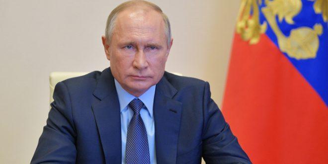 Путин собирается зарабатывать на российской вакцине 100 млрд долларов в год