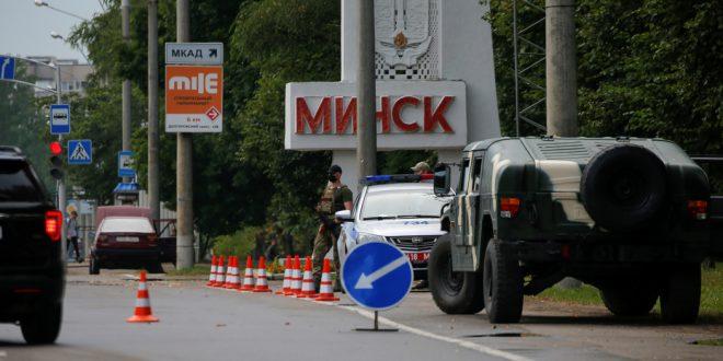 Официально виноват коронавирус: Белоруссия заперлась на замок