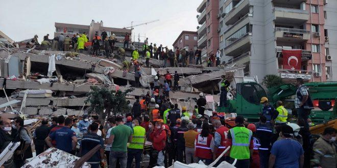 Израиль предложил Турции помощь в спасении пострадавших при землетрясении