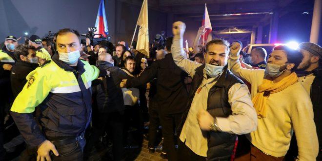 По примеру белорусов? Грузинская оппозиция отказалась признать итоги парламентских выборов и обещала протестовать каждый день