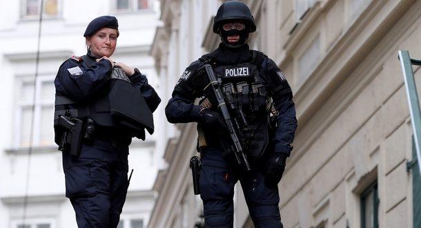 Серию исламских терактов в Австрии совершили выходцы из России и Балканских стран
