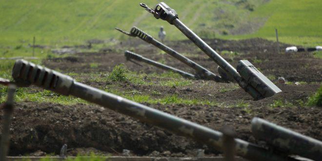 Остановлена война в Нагорном Карабахе, Баку получил контроль над частью региона, в Ереване избили спикера и говорят о предательстве