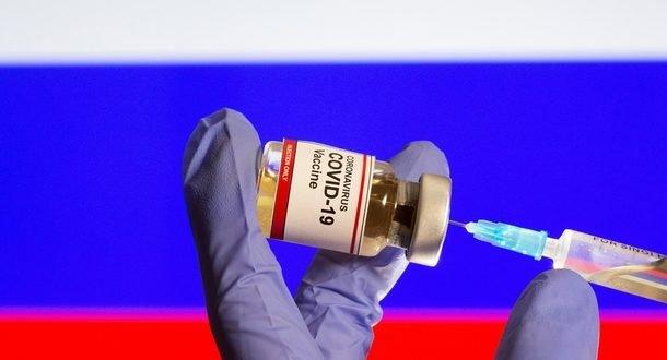 Эффективность российской вакцины от COVID-19 оценили в 92%