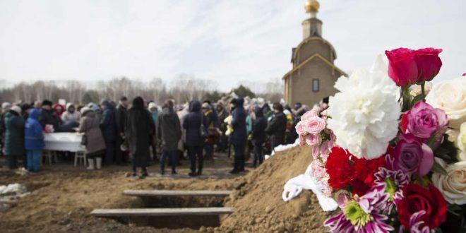 Москвичей будут хоронить с гробах со стеклянными крышками