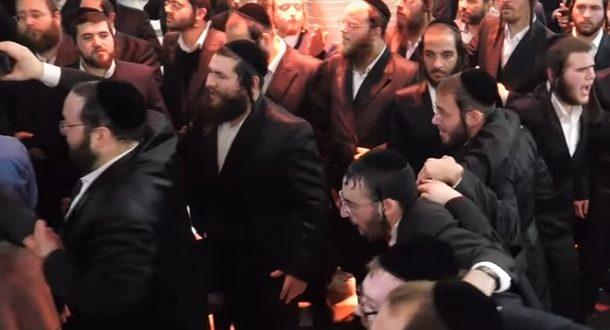 Полиция в Иерусалиме спасла двух солдат от нападения ультраортодоксов