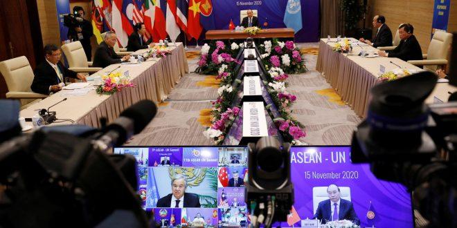 В Юго-Восточной Азии договорились создать крупнейшую в мире зону свободной торговли