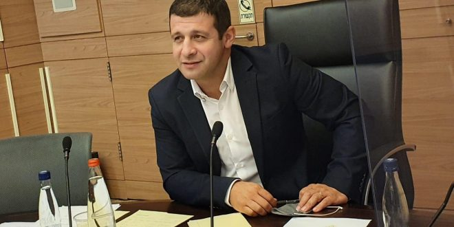 Депутат от НДИ – министру обороны: Вернуть солдатам-одиночкам помощь на съем жилья