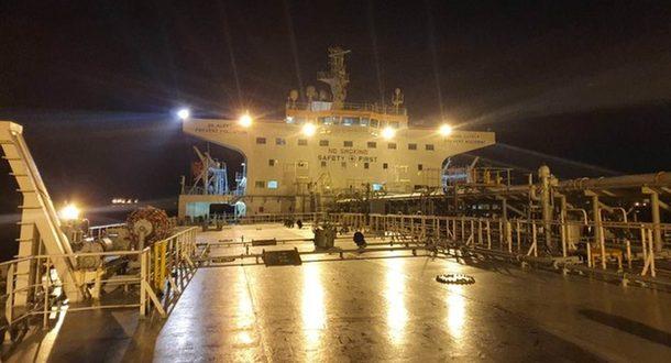 12 канал ИТВ: греческий танкер непричастен к загрязнению берегов Израиля